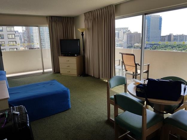 Ambassador Hotel Waikiki Family suite 1