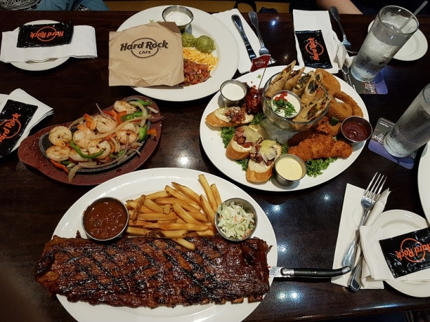 Hard Rock honolulu food