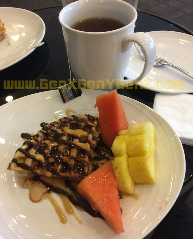 MAS Golden Lounge Main Terminal KLIA Food