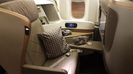 Singapore Airlines Business Class Boeing 777 3