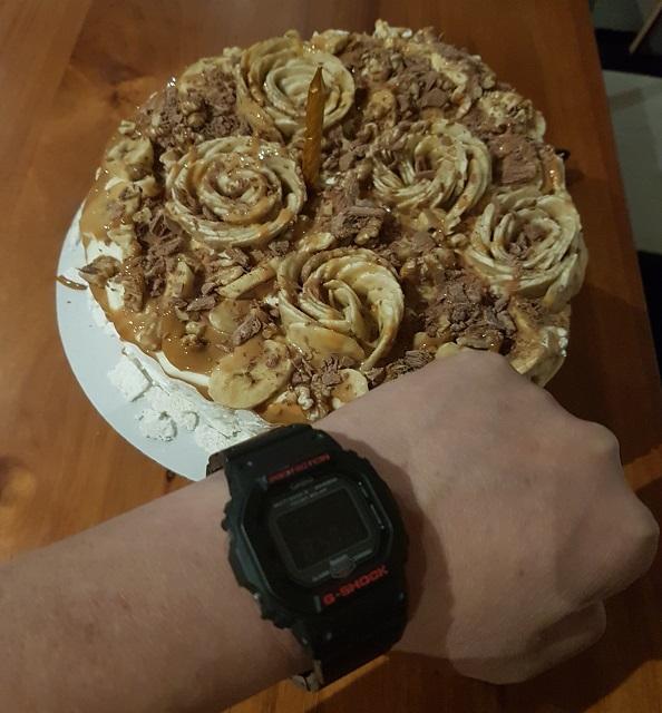 Ultimate Cake Palova Banana Toffee.jpg