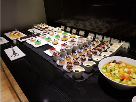 Doha Business Class Lounge Dessert