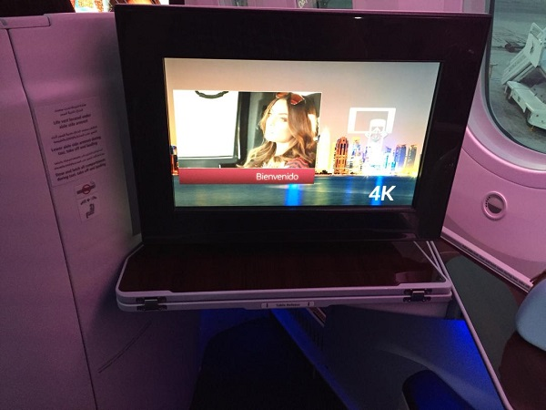 Qatar Airways Boeing 787 Doha to Bangkok Business Class 2