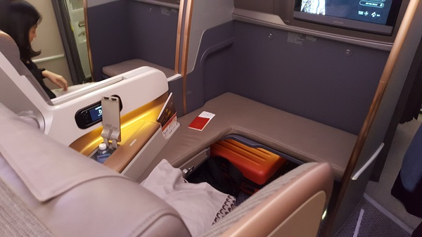 Singapore Airlines Airbus A350 Bulk Head Seat 3