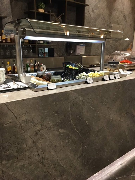 MAlaysia Airlines Business Class Lounge Brisbane 4