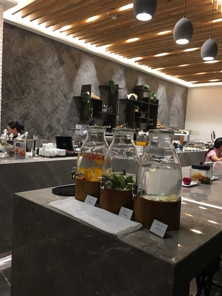 MAlaysia Airlines Business Class Lounge Brisbane 5