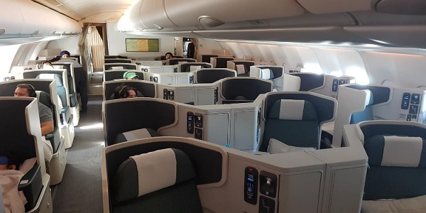 Cathay Pacific Business Class A330 Delhi to Hong Kong 2.jpg