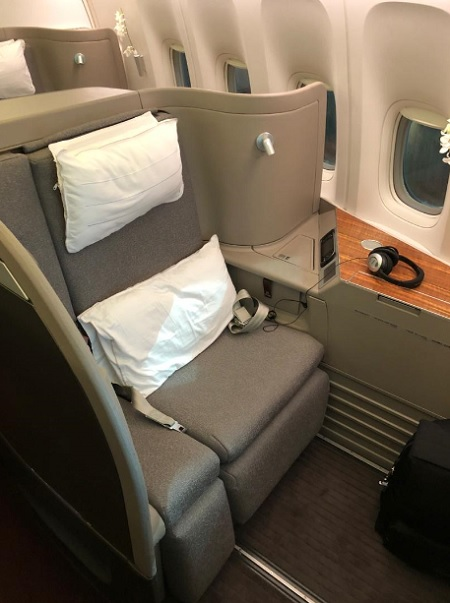 Cathay Pacific First Class Hong Kong to Vancounver 1