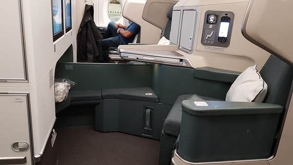 Cathay Pacific Business Class Airbus A350 Review Seat 20 D and 20 G.jpg