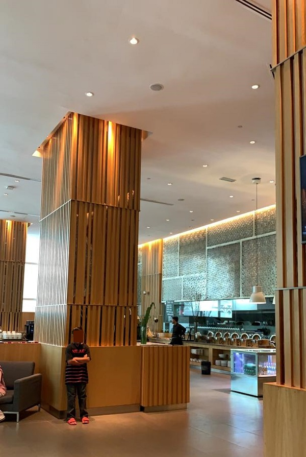 Cathay Pacific First Class Lounge The Pier Hong Kong 2