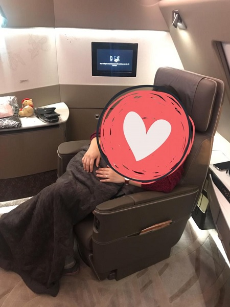 Singapore Airlines New Private Suite Airbus  to Zurich.jpg