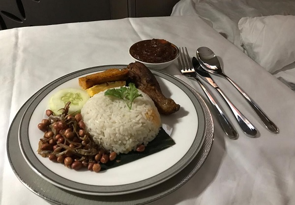 Singapore Airlines New Suite food In FLight Menu to Zurich 7