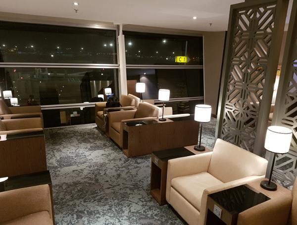 Malasia Airlines Business Class Golden Lounge KLIA 3