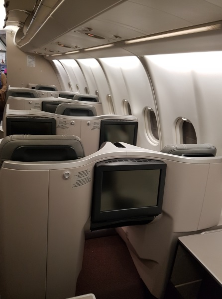 Malaysia Airlines Business Class Airbus A330 Seat 5.jpg