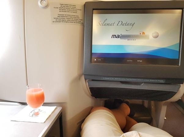 Business Class Malaysia Airlines KL Beijing 2.jpg
