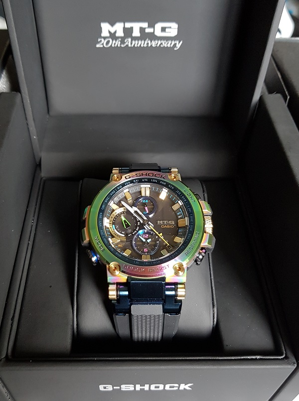 G-Shock MTG-B1000RB Rainbow Limited Edition Unboxing 8