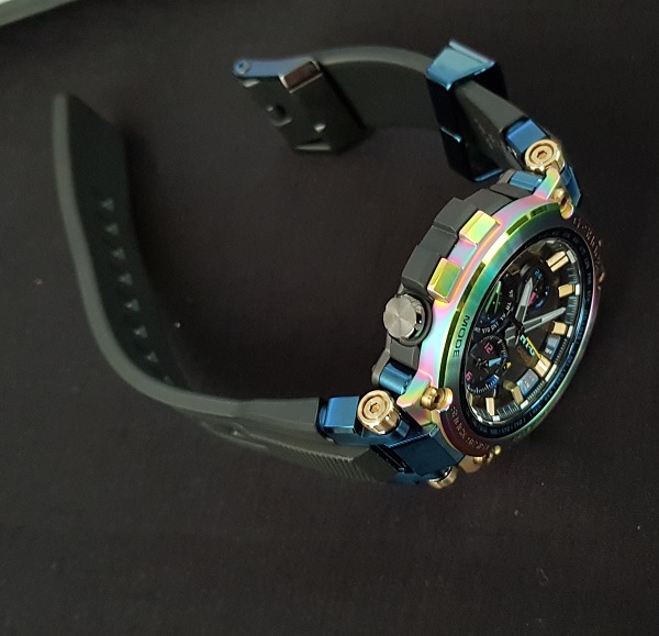 G-Shock MTG-B1000RB Rainbow Limited Edition Unboxing 8f