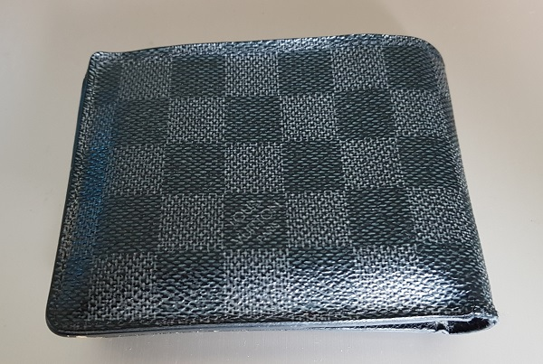 Louis Vuitton Wallet Rear 2