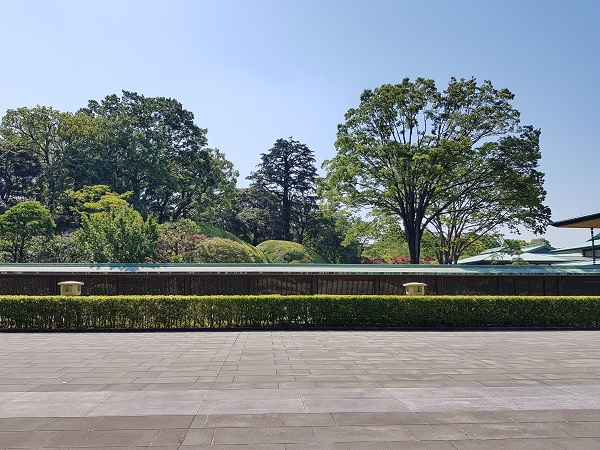 Tokyo Imperial Palace Tour 8
