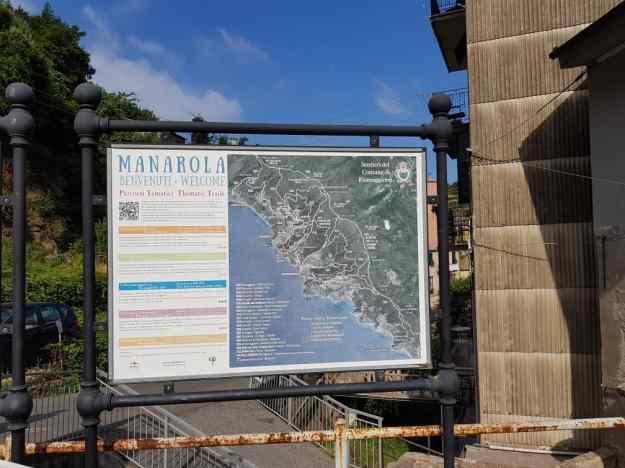 Cinque Terre Manarola.jpg