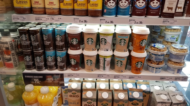 Copenhagen Starbucks Coffee 7 Eleven.jpg