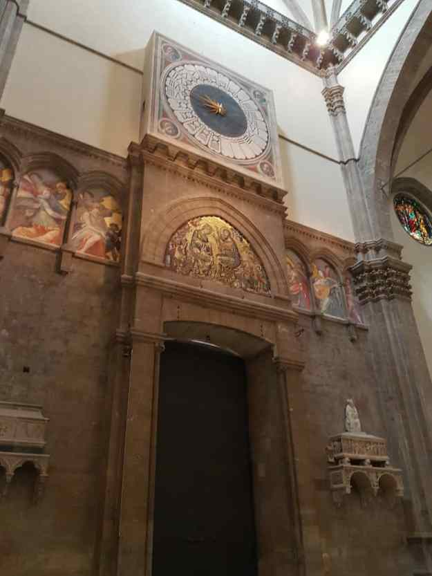 Florence Cathedral Chapel Inside 3.jpg