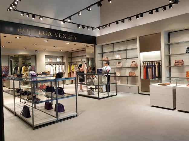 Florence Luxury outlet Mall Bottega Veneta.jpg