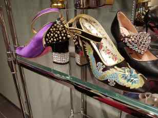 Florence Luxury outlet Mall Gucci Shoes 2