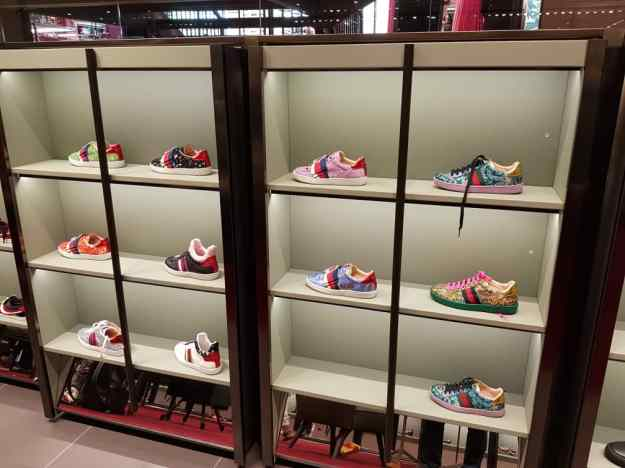 Florence Luxury outlet Mall Gucci Shoes 3.jpg