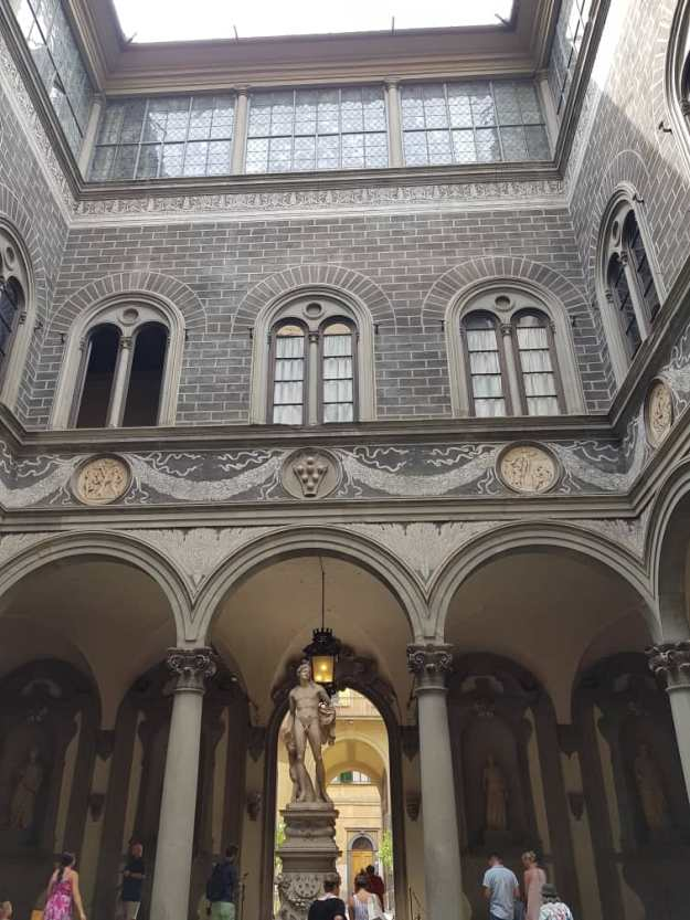 Home of powerful people in Florence.jpg