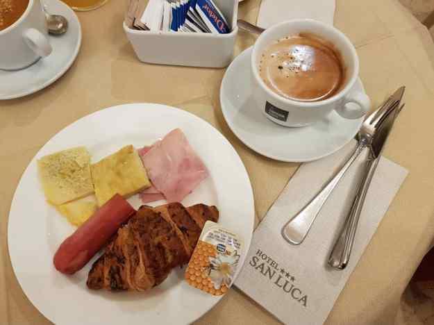 Hotel Free Breakfast 2.jpg