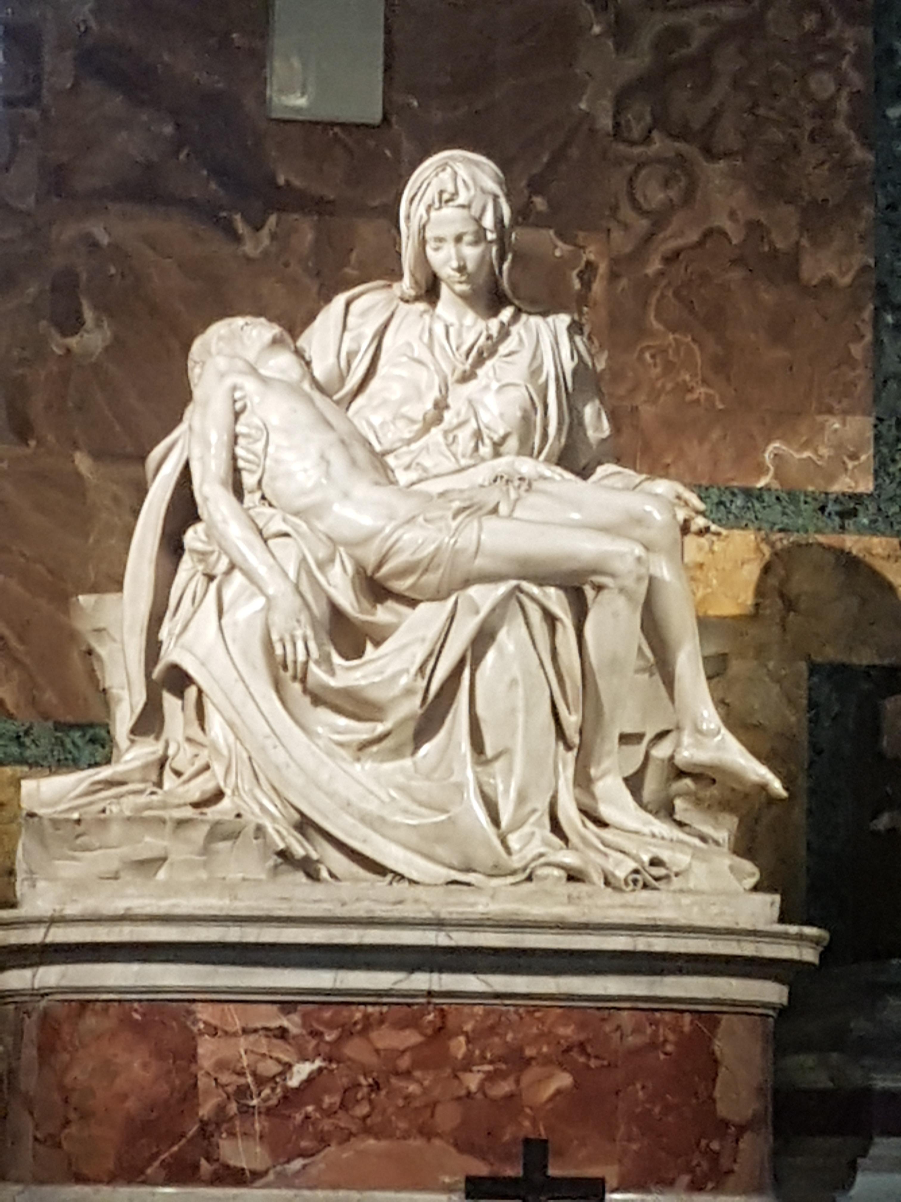 Michelangelo Sculpture at age 20.jpg