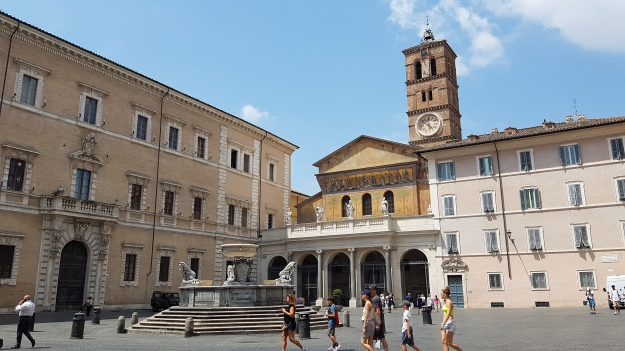 Piazza Di S Maria Church.jpg