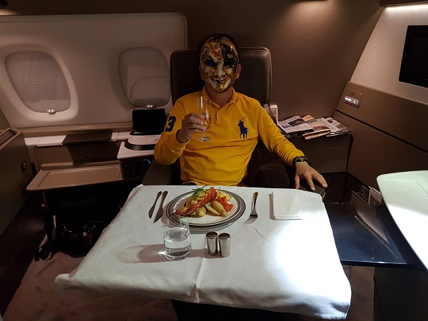 Singapore Airlines Airbus A380 Suite Class London to Singapore Lobster and Champagne