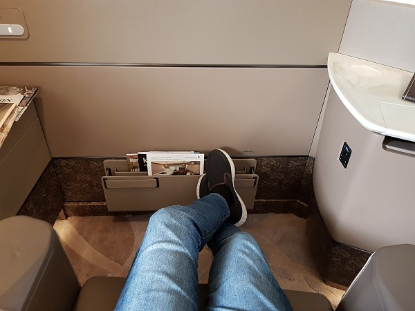 Singapore Airlines Airbus A380 Suite Class London to Singapore Review 8