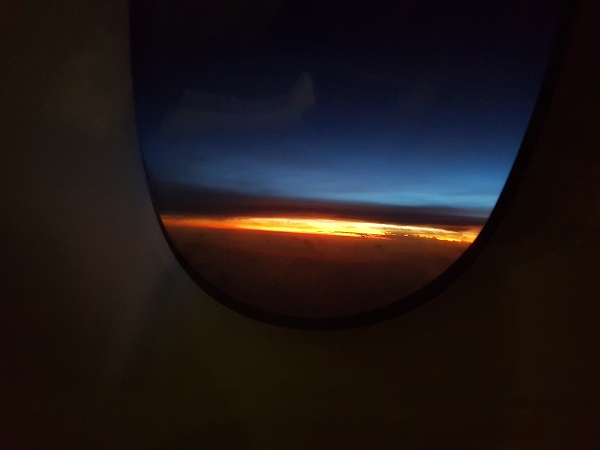 Singapore Airlines Airbus A380 Suite Class London to Singapore Sunrise.jpg