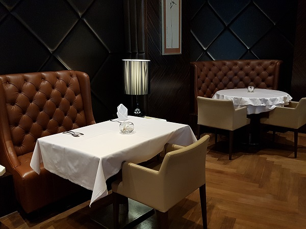 Singapore Airlines Private Dining Room.jpg