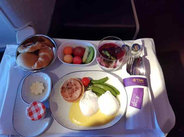 Thai Airways Business Class 12