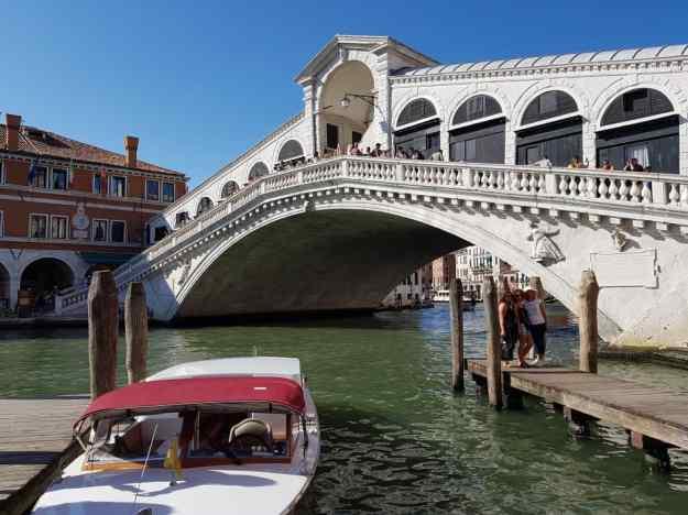 Venice Rialto Bridge.jpg