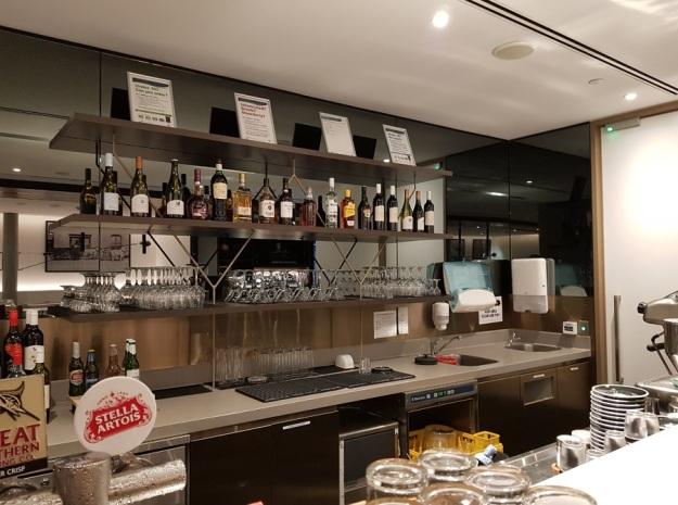American Express Lounge Melbourne Airport Australia 10.jpg