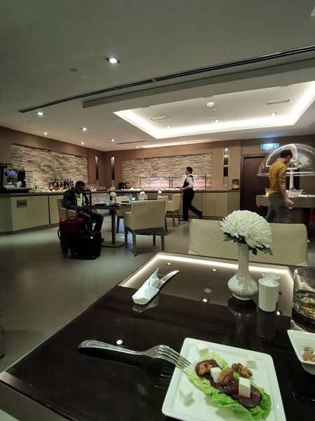 Emirates Business Class Lounge KLIA 4