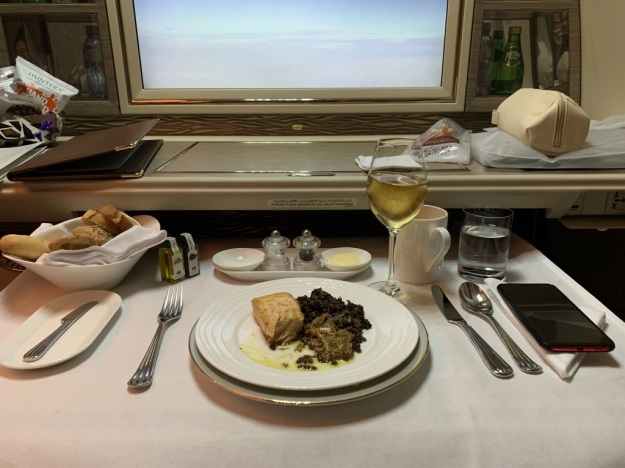 Emirate NEW First Class Boeing 777 Food 2.jpg