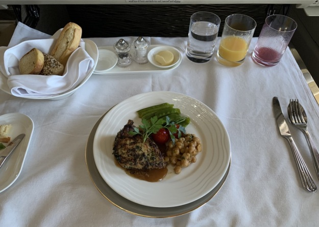 Emirates NEW First Class Boeing 777 Suite 9.jpg