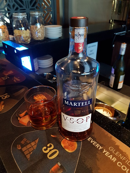 Malaysia Airlines Golden Lounge KLIA Cognac Martell